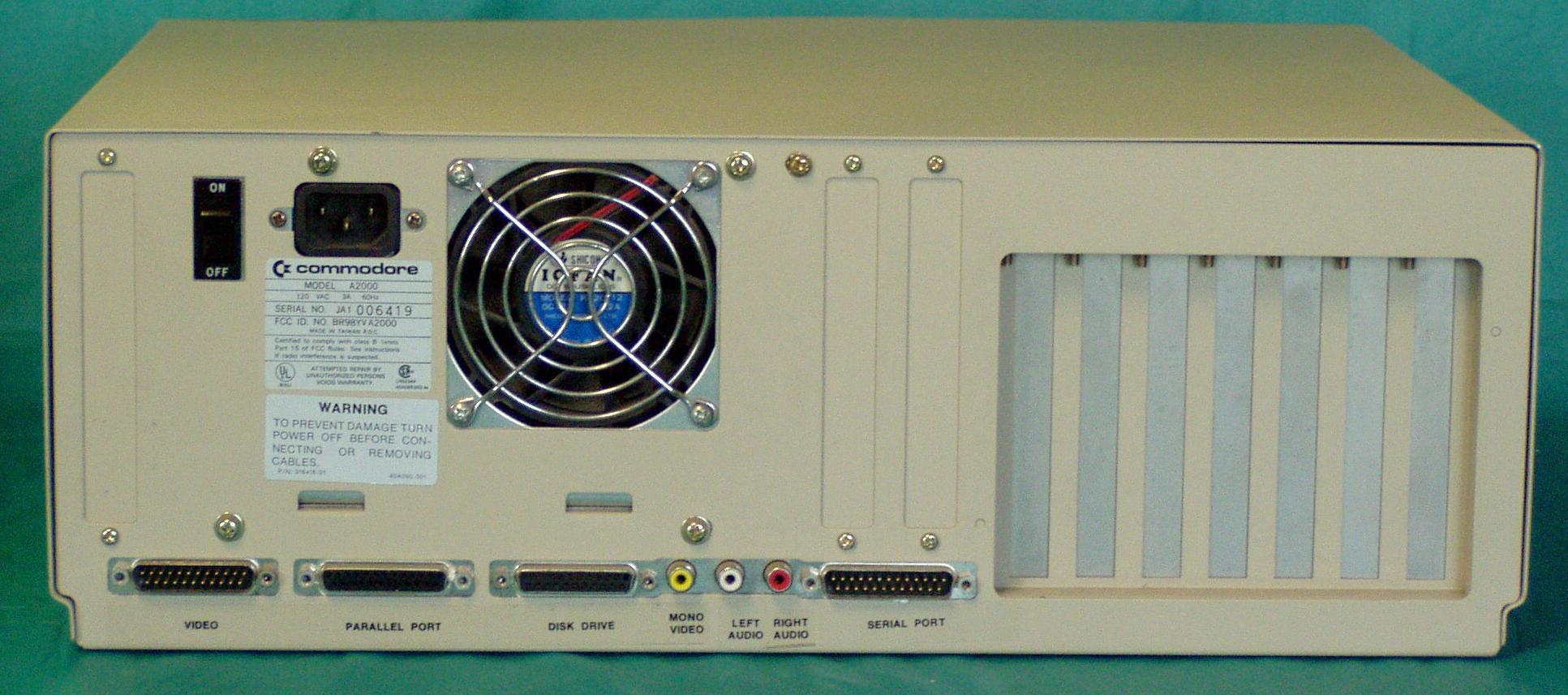 DAVES OLD COMPUTERS - Commodore Amiga